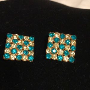 Vintage green/white crystal clip on earrin…